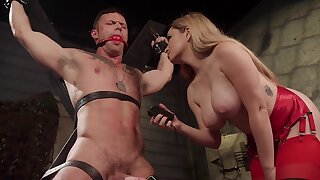 Sexy Mistress Aiden Starr reminds her male sub who's the boss
