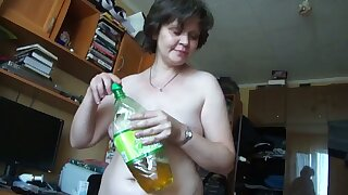 This matured Russian spread out turns me on big time and she gives well-disposed fan